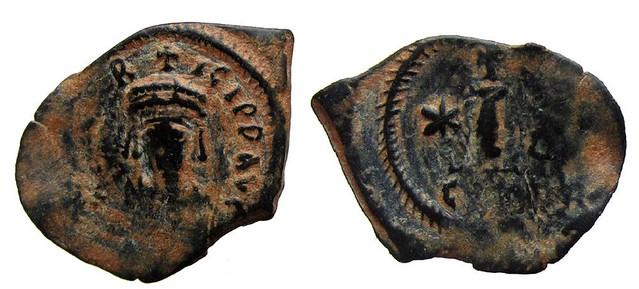 Byzantine Coins 2014 - Page 3 13108576235_f600cbe740_z