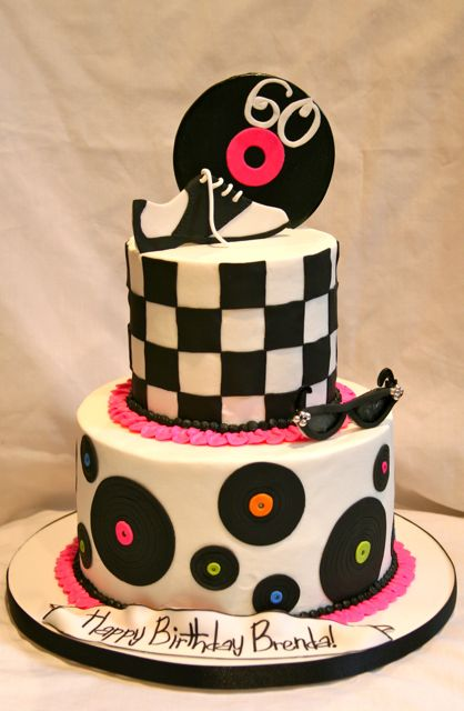 1950 Theme Cake http://www.flickr.com/photos/thecakespot/4017975420/