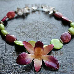 Orchid Collar