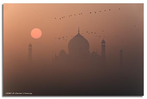 sun india mist birds fog sunrise river interestingness nikon bravo moody taj mahal agra explore fp frontpage d300 yamuna sigma18200mm danielcheong bratanesque danielkhc