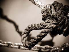 knot, macro photography, monochrome photography, close-up, iron, rope, monochrome, black-and-white, black,