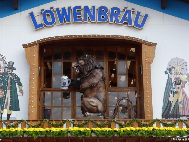 Löwenbräu Oktoberfest Tent: Munich