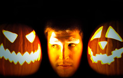 carving(1.0), yellow(1.0), event(1.0), pumpkin(1.0), halloween(1.0), calabaza(1.0), jack-o'-lantern(1.0),