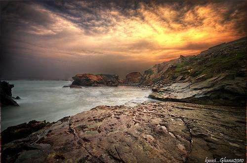 africa sunset beach clouds sunrise nikon rocks skies sundown tripod sigma ghana westafrica 1020mm hdr dre bobmarley manfrotto accra d80 osikan dredrk kwasidarkomensah ghana2010
