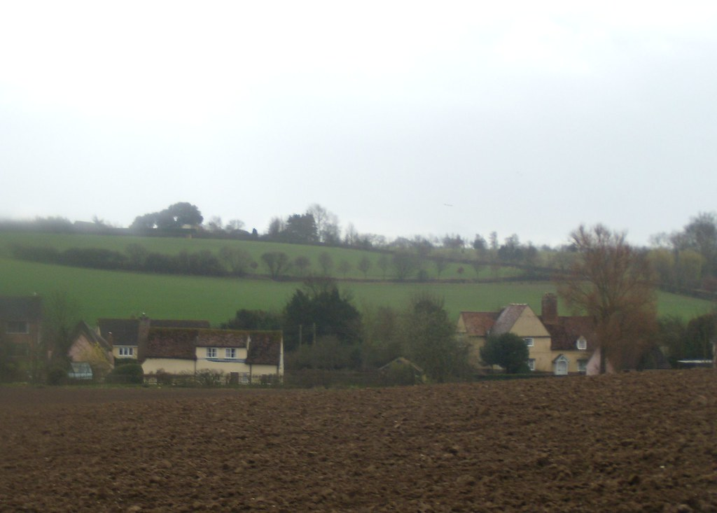 Fields and houses Bures to Sudbury