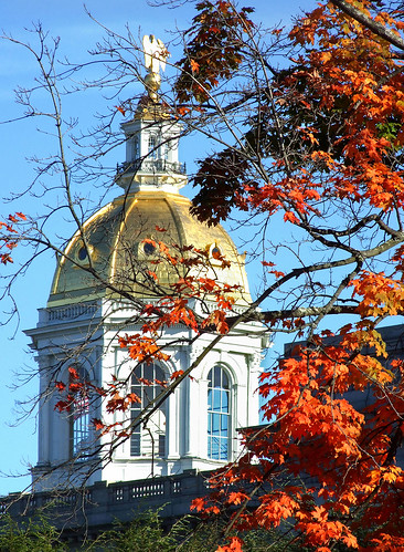 usa fall architecture gold newengland newhampshire ps concord 2009 statehouse centerst autumnaltints fujis6500 petersheppard peteshep copyrightphoto newtravels