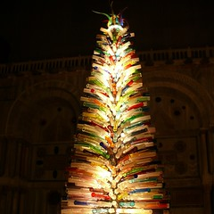 X = X-mas tree, glass sculpture