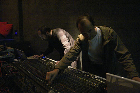 Multi_13_07> Carlos Casas + Sebastian Escofet