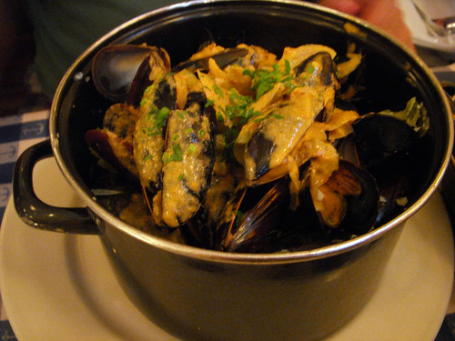 Mussels with Lobster Sauce