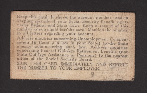 Social Security Card from 1946 (photo: tbcave, flickr)