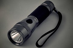 tool(1.0), light(1.0), flashlight(1.0),