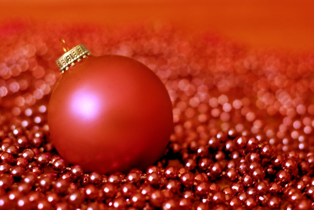 25 Days of Red - A String of Pearls