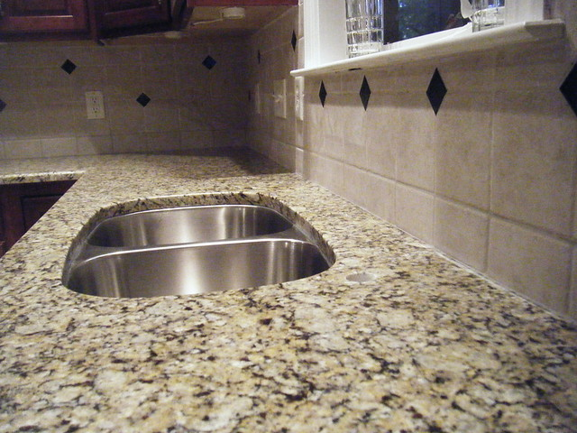 Granite Installation Santa Cecilia Countertop And Tile Backsplash Design Flickr Photo Sharing