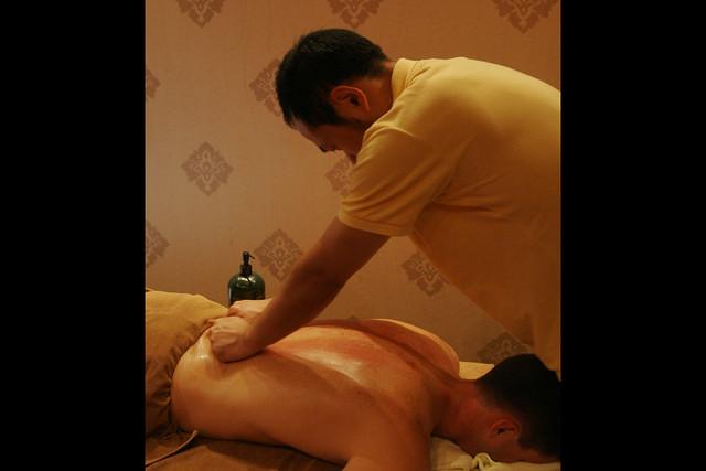 blog entrapment massage video