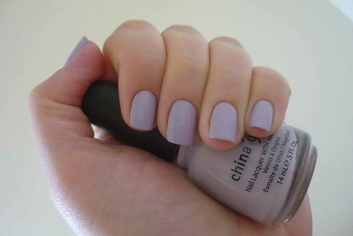 China Glaze - Light as air