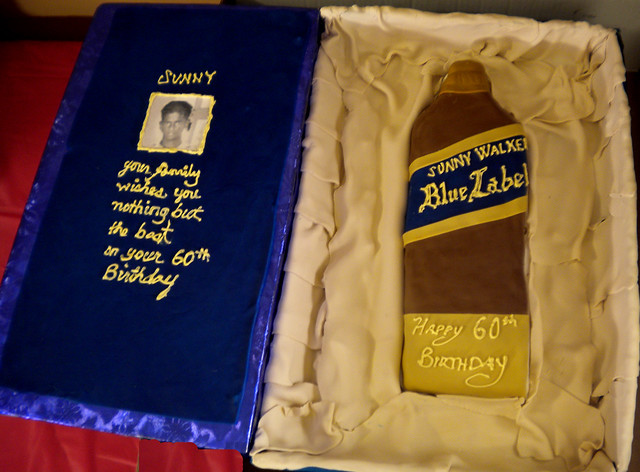 Johnnie Walker Blue Label Cake http://www.flickr.com/photos/yahairamorlas/4198315556/