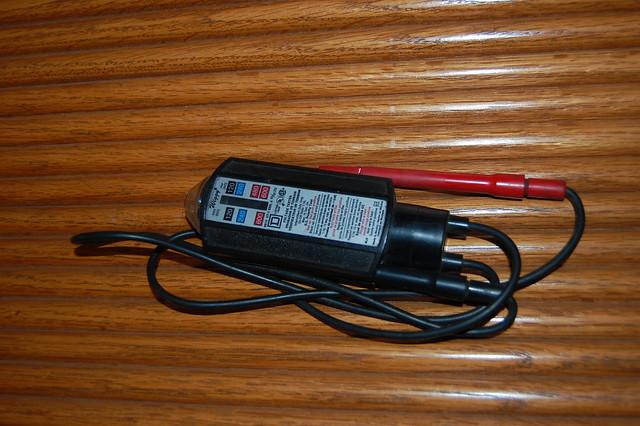Wiggy Voltage Tester : Wiggy flickr photo sharing