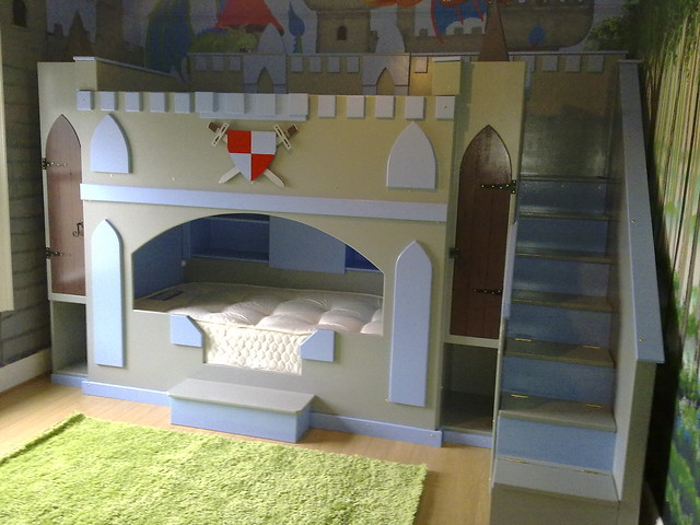 Boys castle dream fairytale themed bunk bed flickr for Fairytale beds