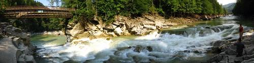 2008 08 14 - 2127-2136 - Yaremche - Bridge over Prut