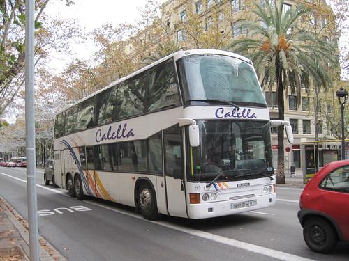 Autocar a l'avinguda Diagonal de Barcelona