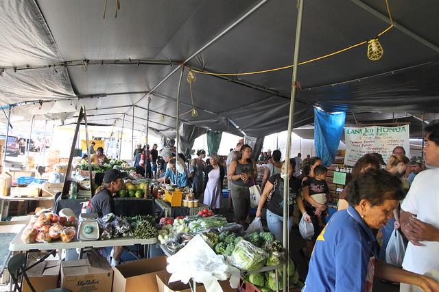 Hilo Farmer's Market (1-6-10)