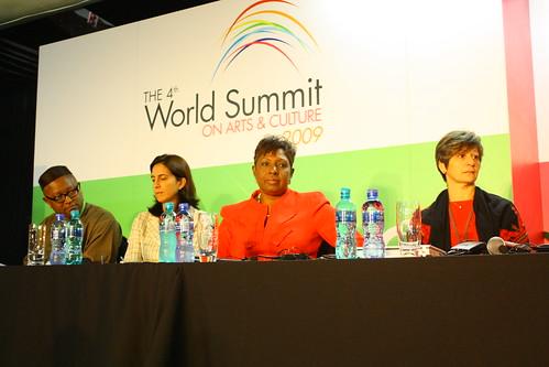 Nkanta Geoge Ufot (Nigeria), Mercedes Giovinazzo (Spain), Hon Minister Olivia Grange (Jamaica) and Iman Auon (Palestine)
