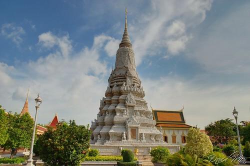 silver garden pagoda cambodia stupa royal palace phnom penh gettyvacation2010