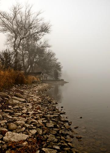 house lake ontario canada fog bay boat olympus line shore e3 hay southshore bayofquinte fogography southshorerd