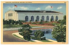 OAKLAND_Municipal Auditorium_Stanley A. Piltz (Pictorial Wonderland; 259)
