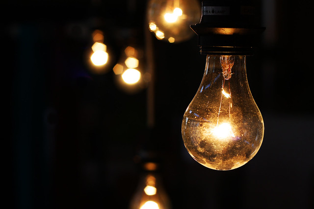 In This Experiment We Will Charge A Light Bulb Just With The Use Of Comb And No Other Means Electricity