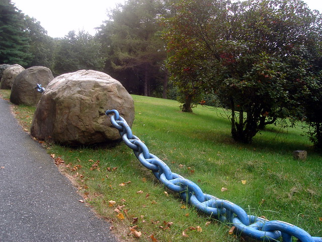 Rosary garden the catholic bunker catholic info for Rosary garden designs