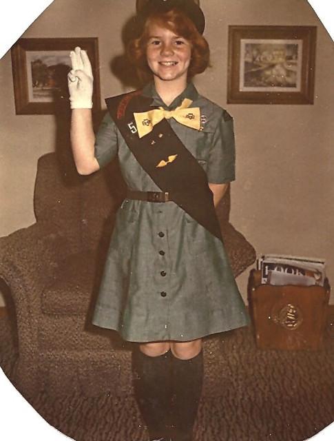 girl scout brownie uniform guide