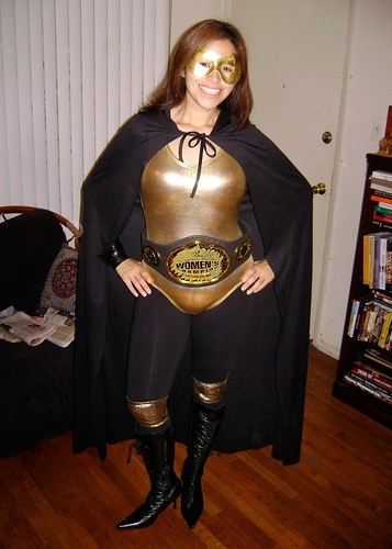 My luchadora name: La Chicana de Oro