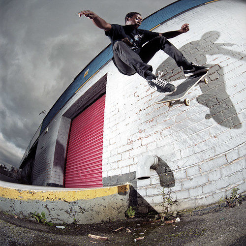 Shaun Currie_Wallride Nollie Out.
