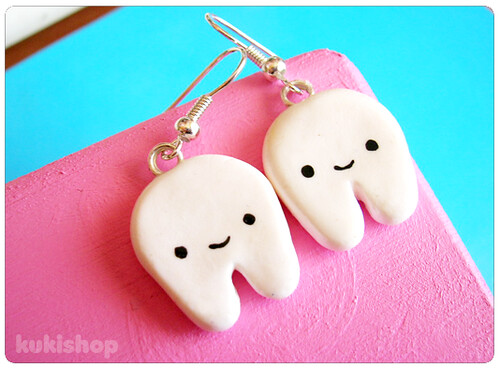 happy tooth earrings - check my profile ^^