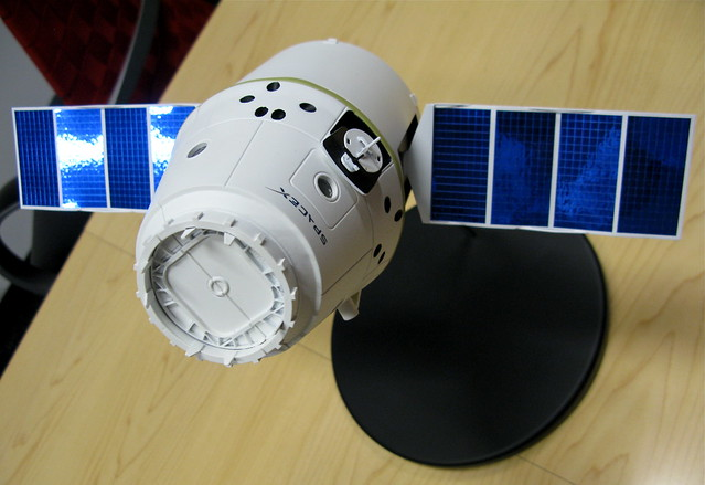 SpaceX Dragon | Flickr - Photo Sharing!