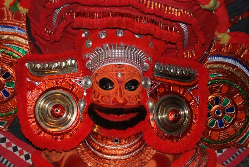 Theyyam :Urpazhassi-close up