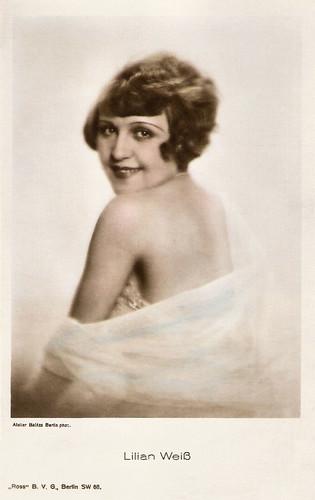 Lilian Weiss