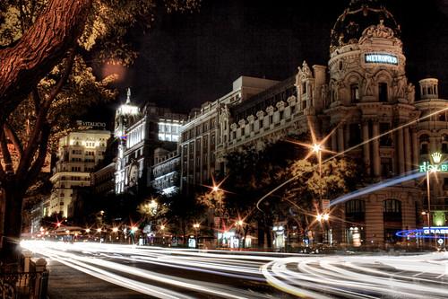 Gran Vía con Alcalá. Edificio de Metropolis. Gran Vía and Alcalá junction. Metropolis building. Madrid - J. A. Alcaide