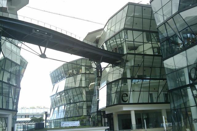 Lasalle college of the arts definition meaning for Modern architecture characteristics