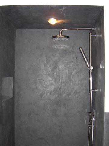 Douche l 39 italienne et plafond effet b ton cir en enduit - Enduit douche italienne ...