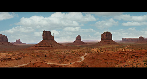 travel arizona panorama usa southwest film clouds america landscape utah sandstone cowboy butte desert indian scenic roadtrip icon american western movies navajo redrock monumentvalley iconic mesa mittens johnwayne artistpoint oldwest johnford merrickbutte