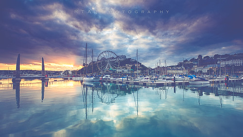 rtaphotography harbour torquay blue sea water reflections wheel theenglishriviera sunset devon explore sky