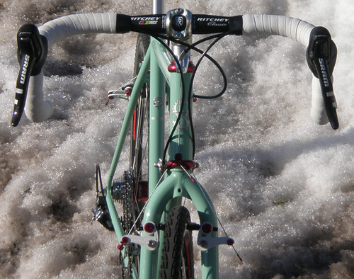 """<p>Front view of Chad's Rock Moss Green Gunnar Grand Tour posed in a Chicago area snow bank eager for summer (58221)<br /> <br /> gunnarcycles<br /> gunnarbikes <br /> <a href=""""http://gunnarbikes.com"""" rel=""""nofollow"""">gunnarbikes.com</a></p>"""