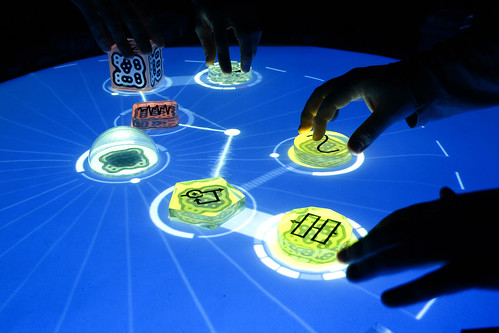 reactable / Sergi Jordà, Günter Geiger, Martin Kaltenbrunner, Marcos Alonso / Music Technology Group