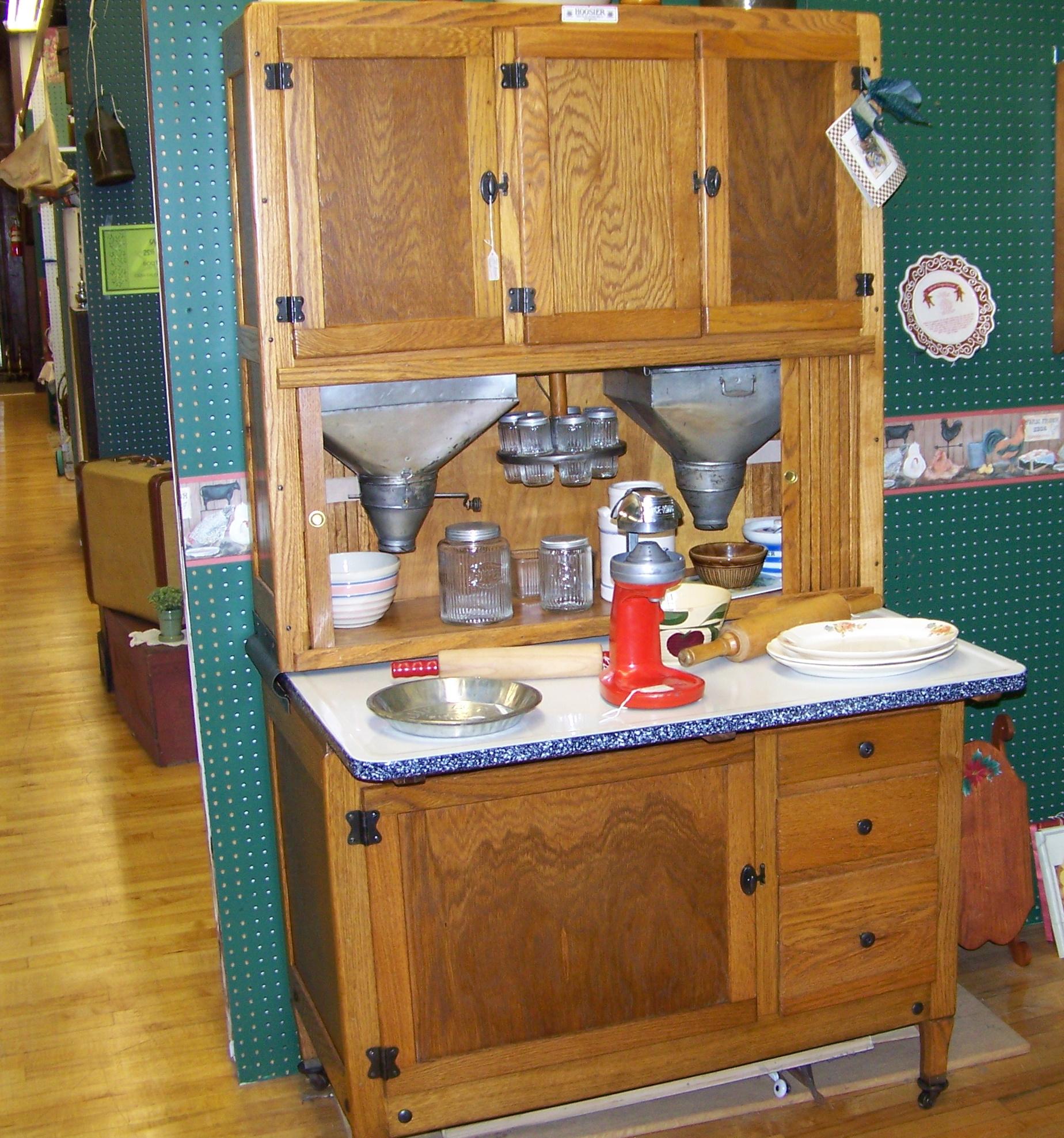 Hoosier Kitchen Cabinet: Photo Sharing