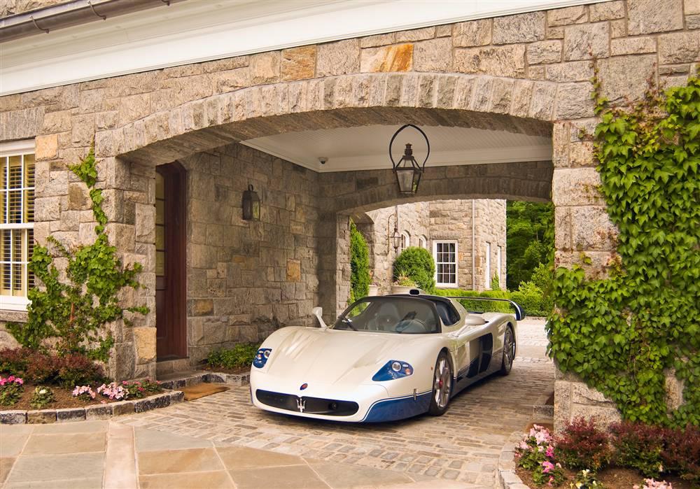 World 39 s most beautiful garages exotics insane garage for Attractive carport