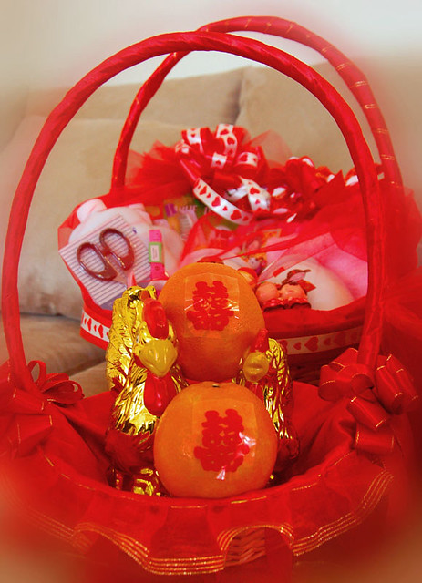 Traditional Chinese Wedding Gifts: Traditional Chinese Wedding Gifts