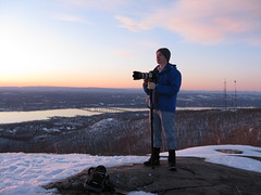 NY3U Shoots from the top of W2/EH-003