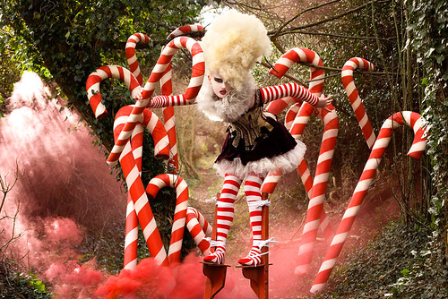 Wonderland : The Candy Cane Witch